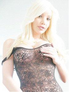 Ana Mancini 9